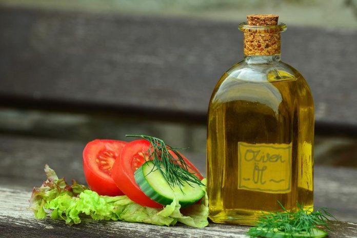 Il existe des huiles qui ont moins de graisses que d'autres et qui sont meilleures que d'autre pour sa santé.