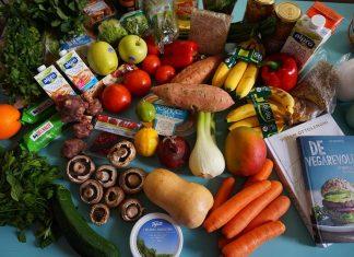 Les fruits et légumes frais permettent de réaliser un repas équilibré.